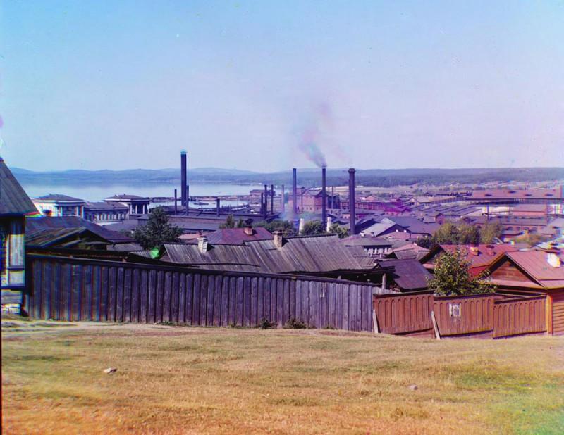 Вид на Верх-Исетский завод