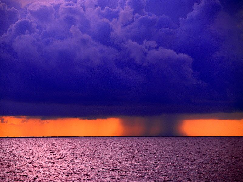 шторм в белизе
