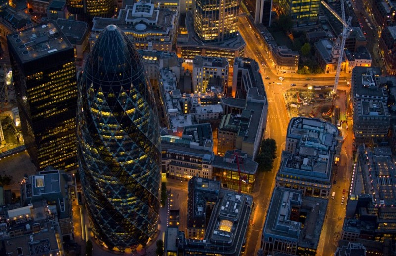 Close up of 30 St Mary Axe