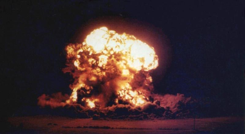 США сбрасывают атомные бомбы на Хиросиму и Нагасаки. Капитуляция Японии во второй мировой войне (1945)