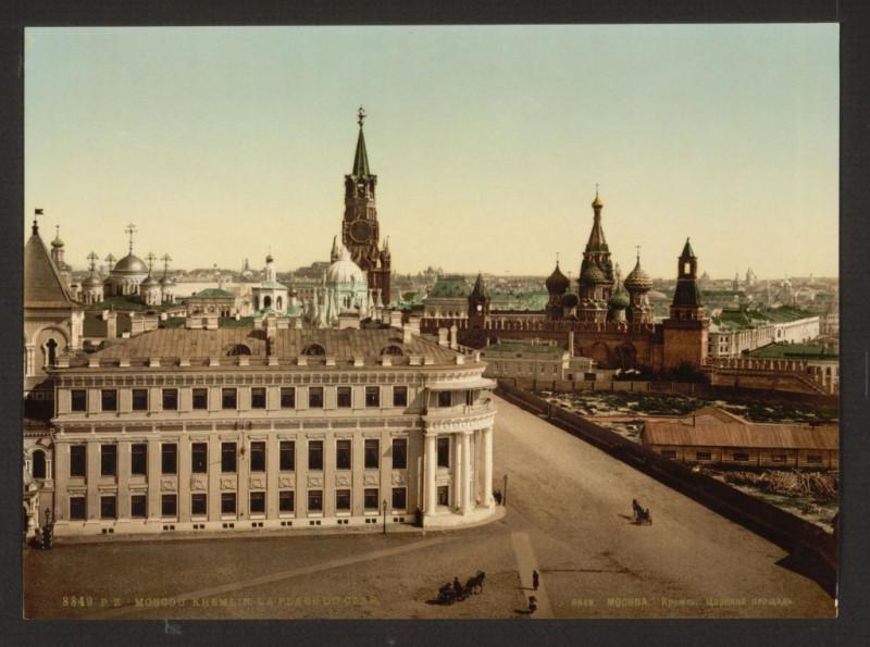 царская площадь