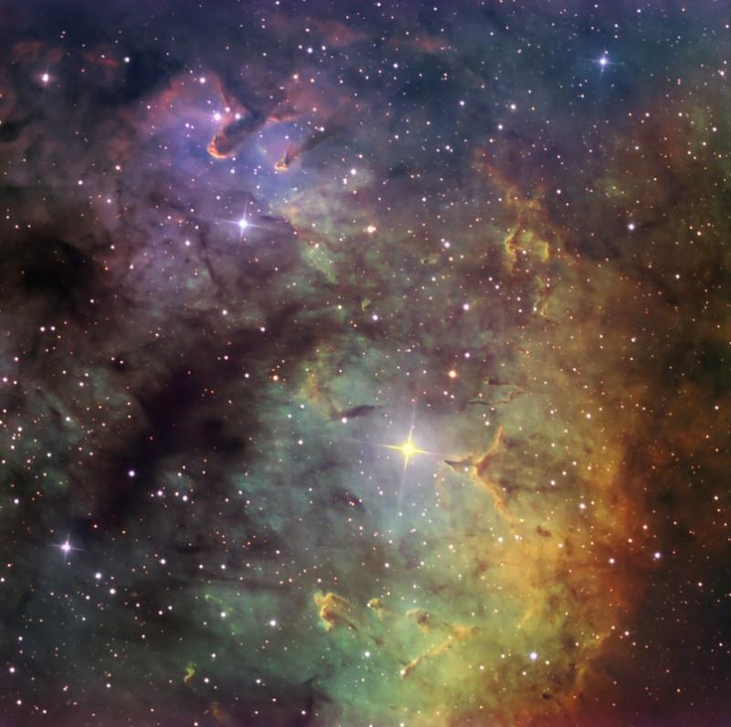 туманность NGC 7822 в созвездии Цефей