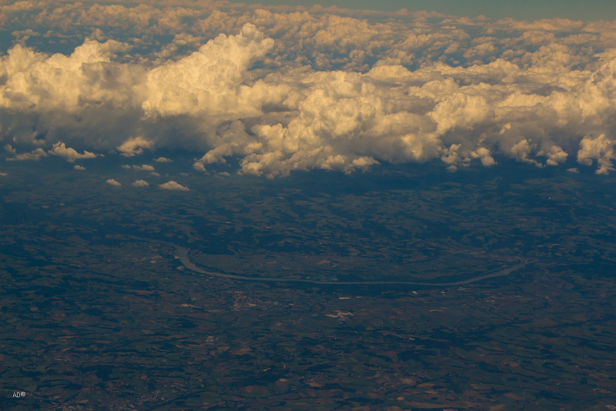 Авиаперелет Женева-Москва - 1-й час полета