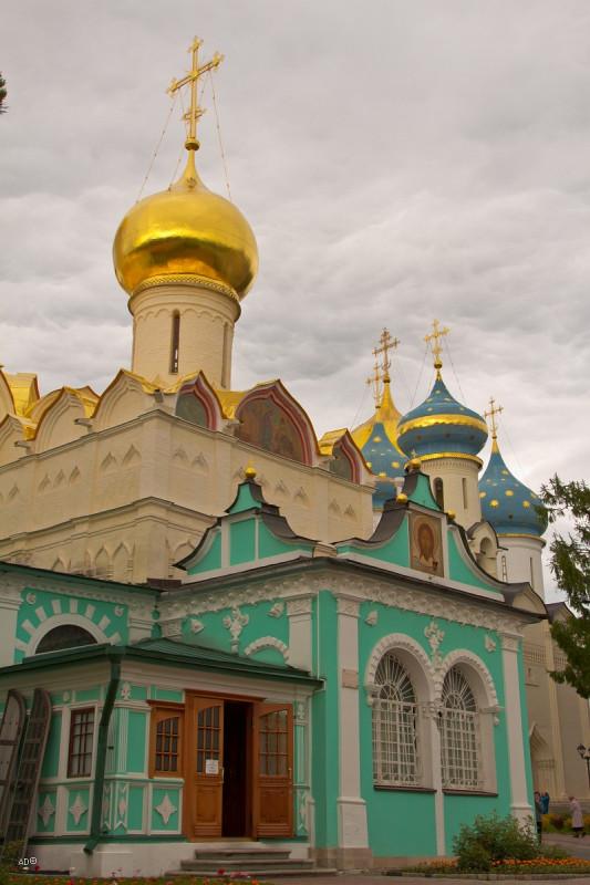 Свято-Троицкая Сергиева Лавра. Внутри