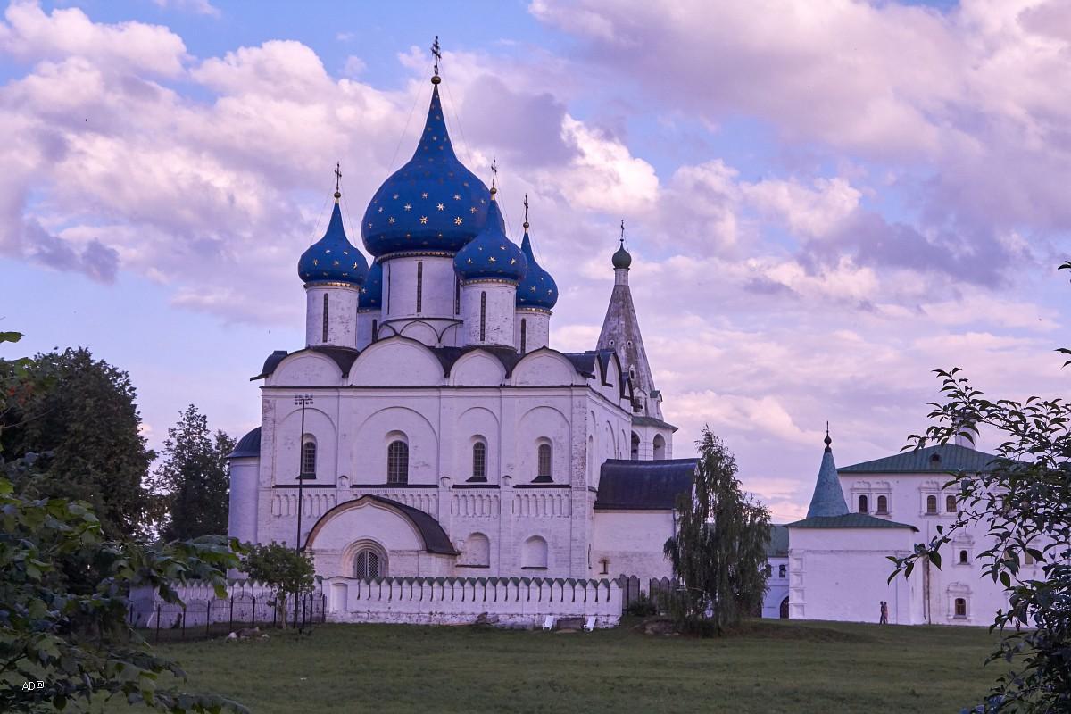 Суздаль 2018-07-07. Вокруг кремля