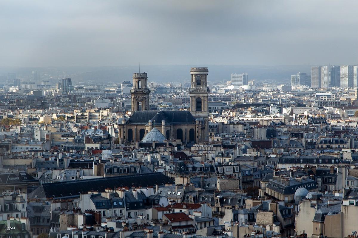 Вид на церковь Сен-Сюльпис с башни Нотр-дама