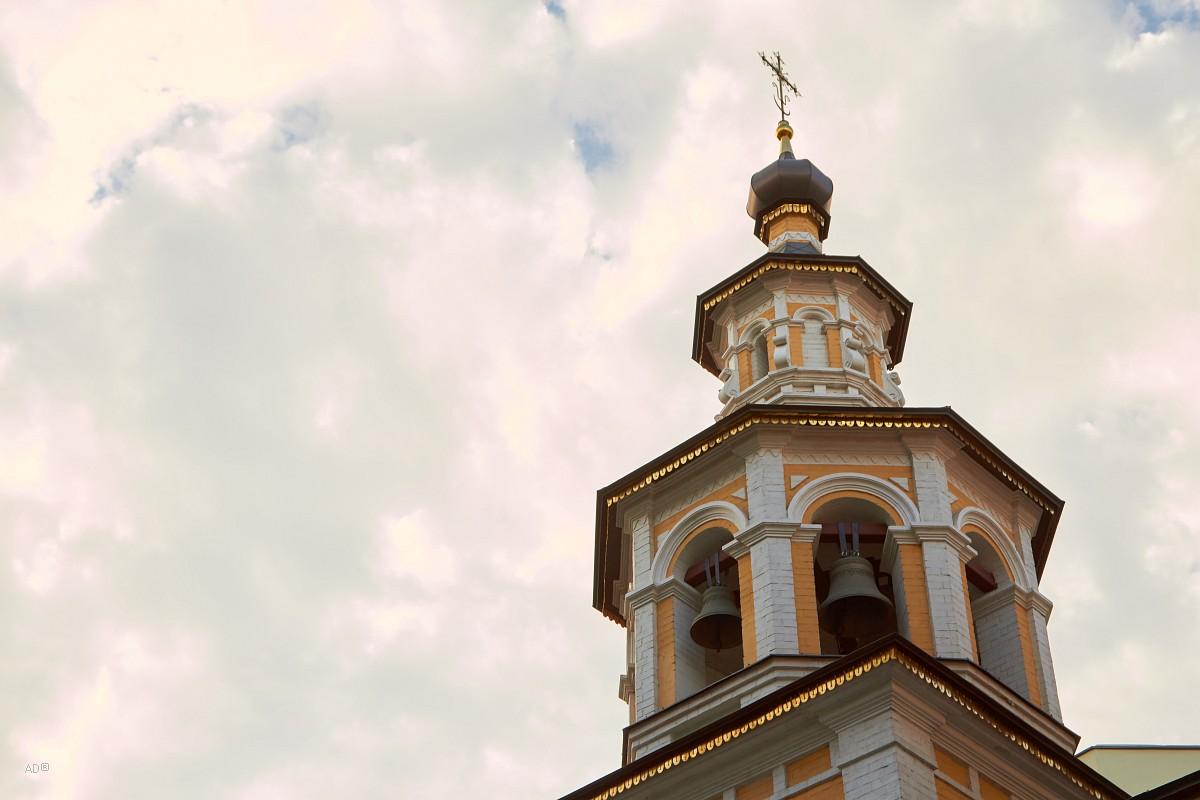 Церковь Рождества Иоанна Предтечи у Варварских ворот