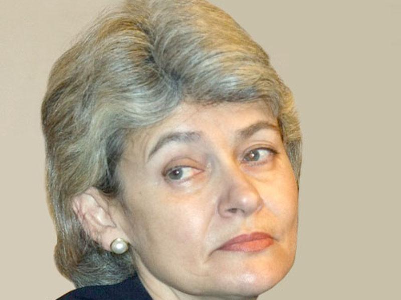Bokova2