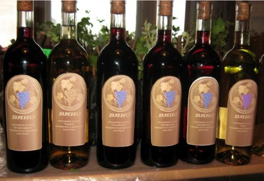 altayskoe_vinogradnoe_vino_priznano_luchshim_v_ros.397054.2012_04_06