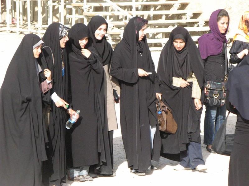 iran184-vi