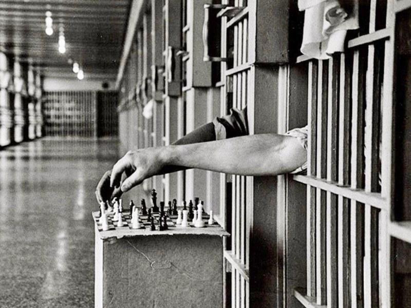 шахматы в тюрьме