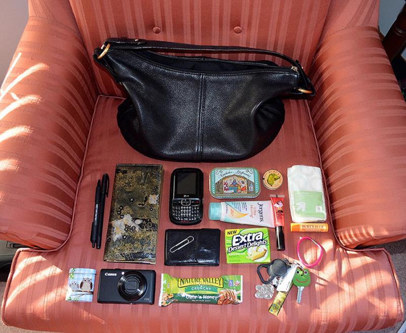 женская сумка содержимое (2)