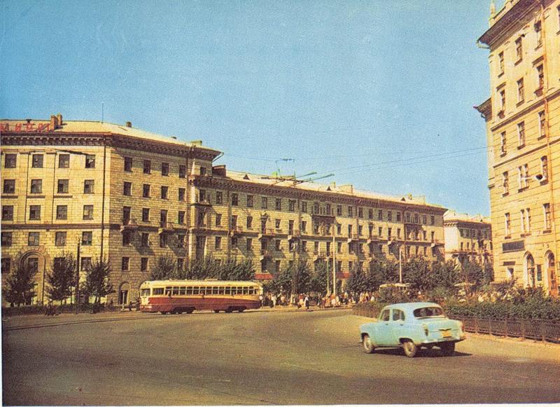 Площадь Станиславского