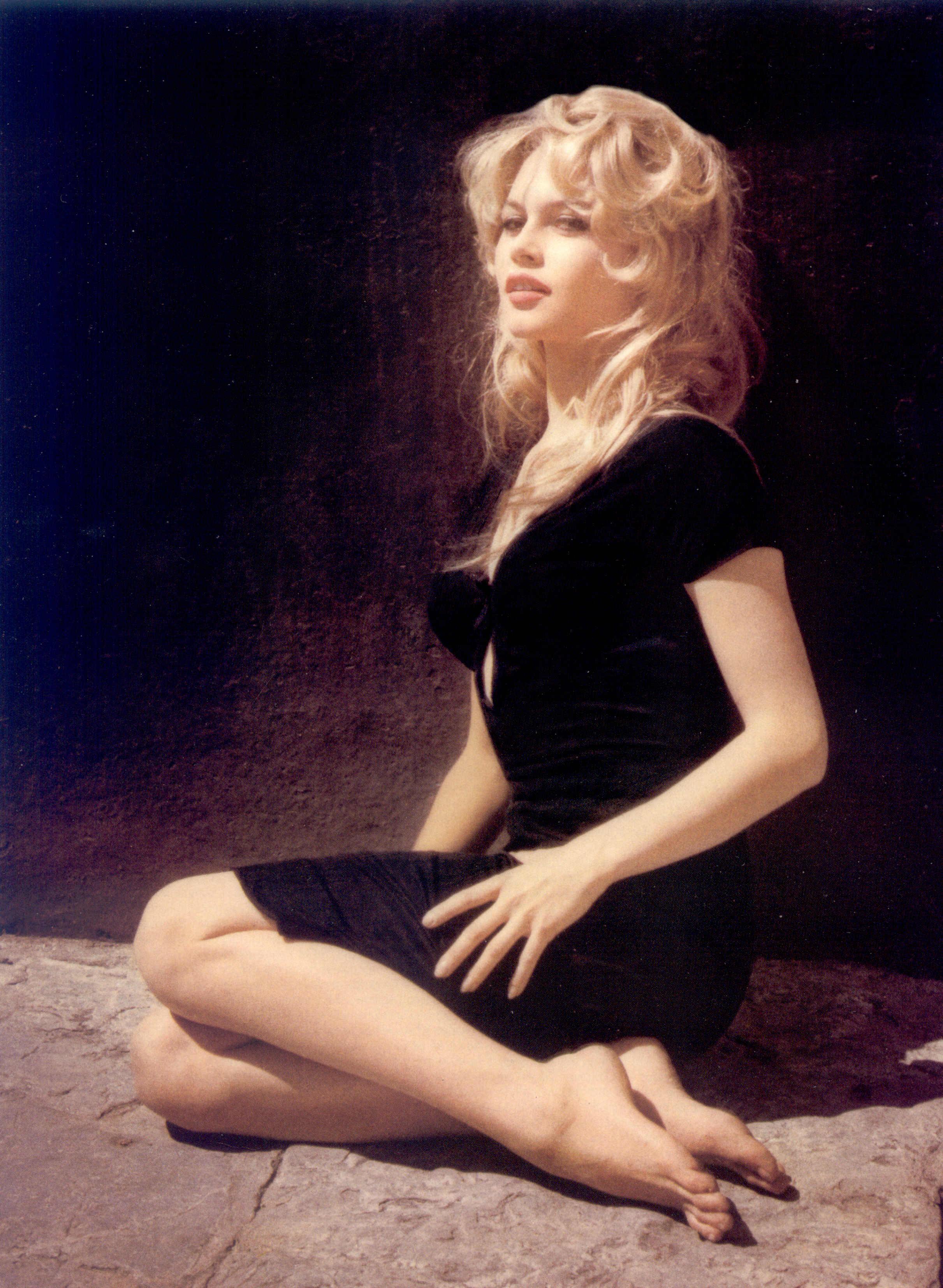 Brigitte Bardot 905