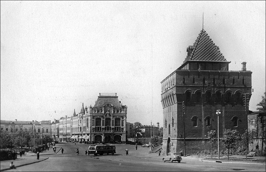 г. Горький, пл. Минина, 1955 г.