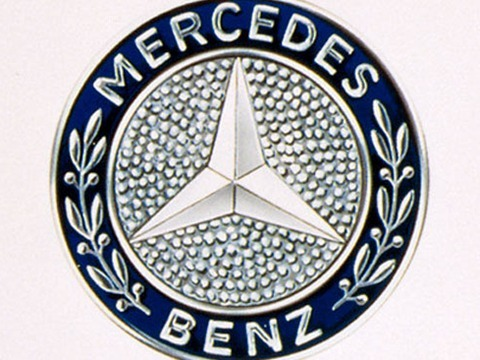 логотип мерседеса 320