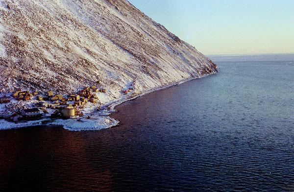 Диомида (Inalik), деревня на западном побережье острова малый Диомид, Аляска