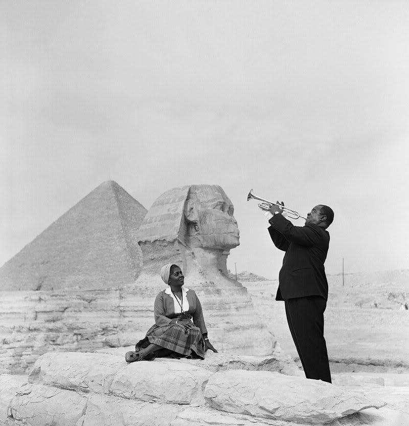 Луи Армстронг на пирамидах