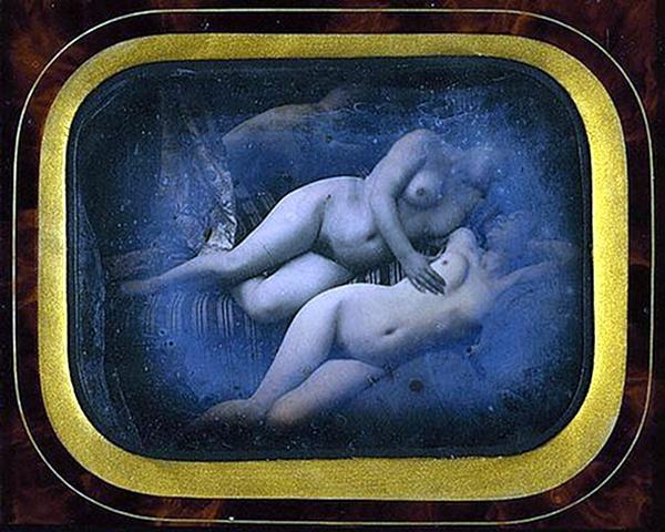 ню, первые эротические фотографии