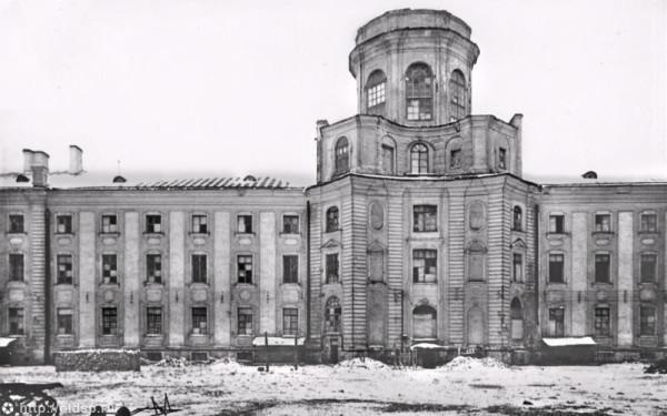 Кунсткамера 1944