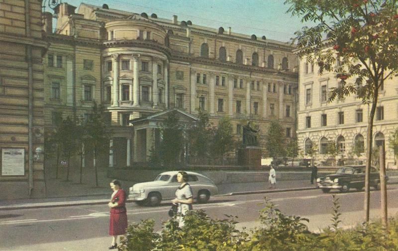 47334 Консерватория им.П.И.Чайковского.jpg