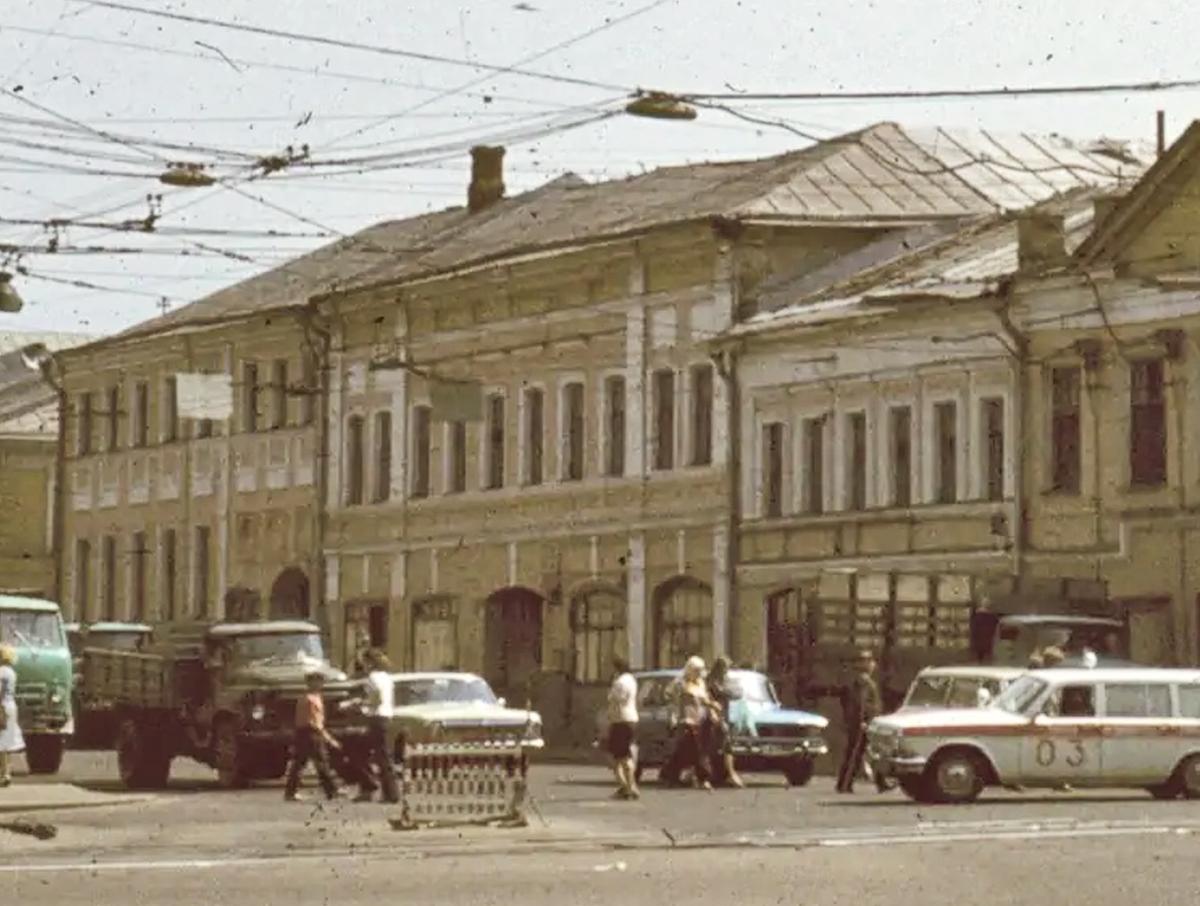 Дом 6 на Тулинской ул..jpg
