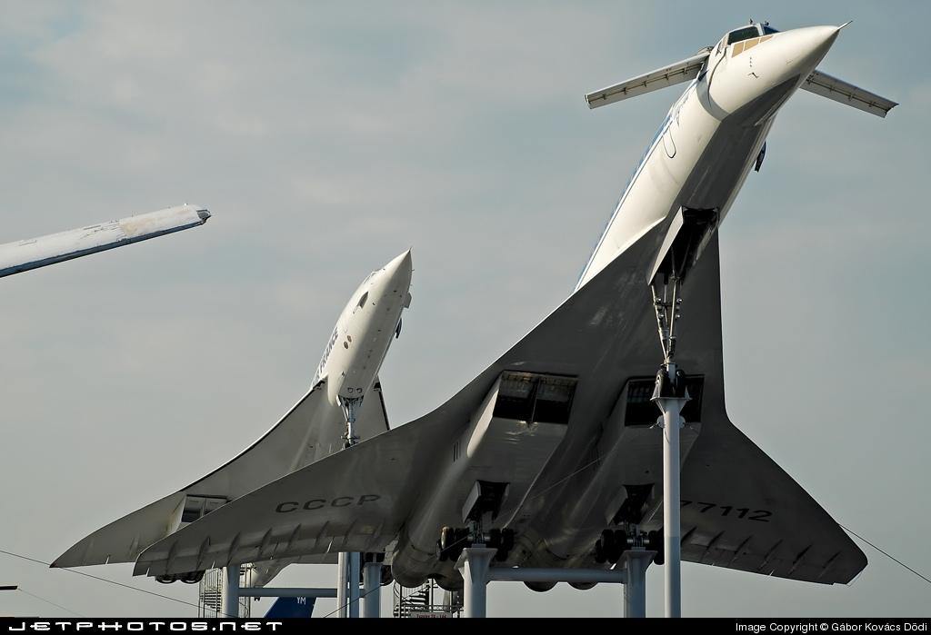 Ту-144 и Конкорд — реактивные сверхзвуковые пассажирские авиалайнеры