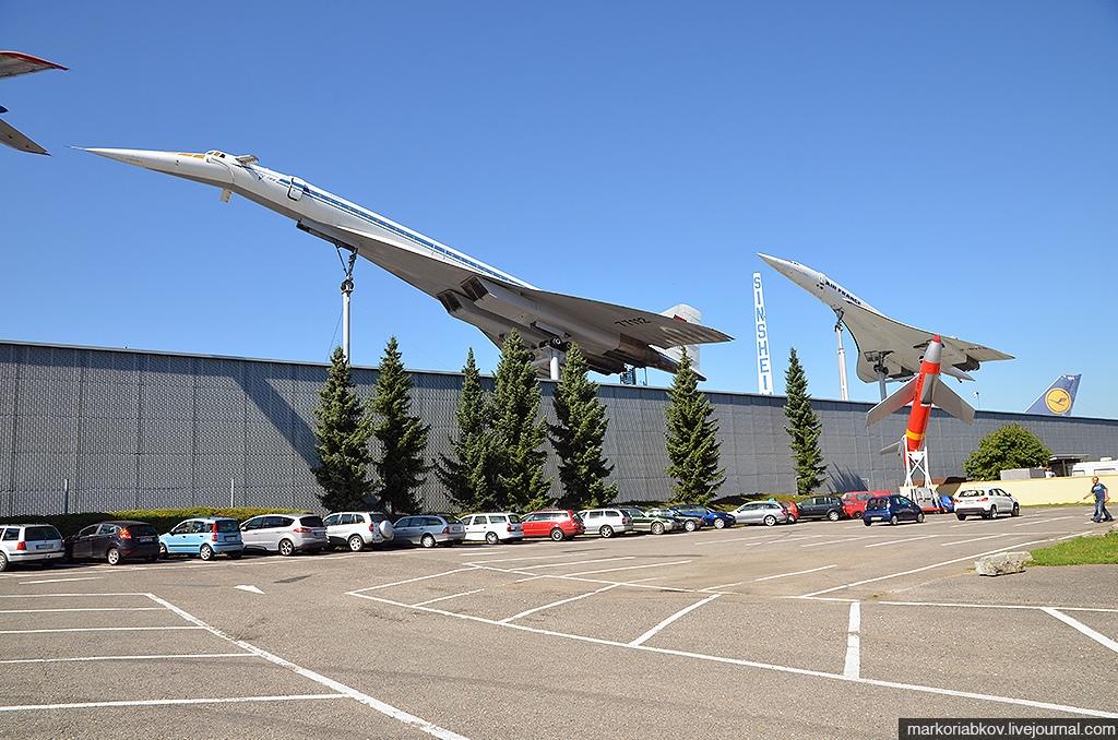 Ту-144 и Конкорд в музее в Германии