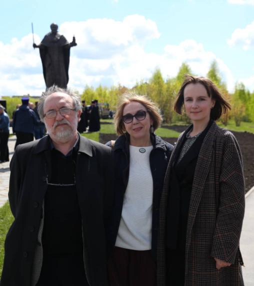 В Липецке открыли памятник Николаю Угоднику. https://www.instagram.com/stories/diana_poluektova_arch/2568329717824756981/