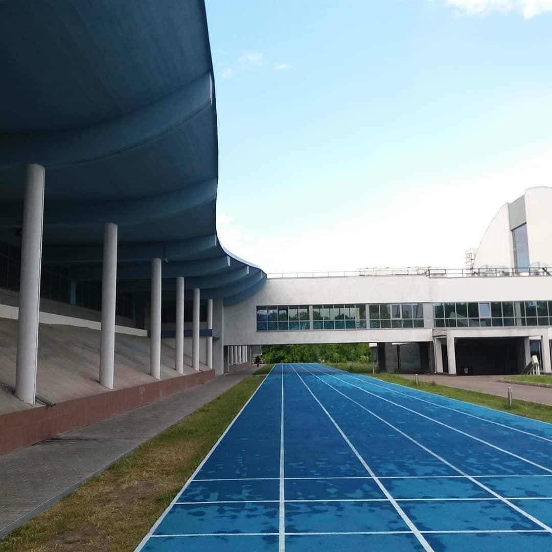 Легкоатлетический манеж МГСУ. Track and field arena MGSU.