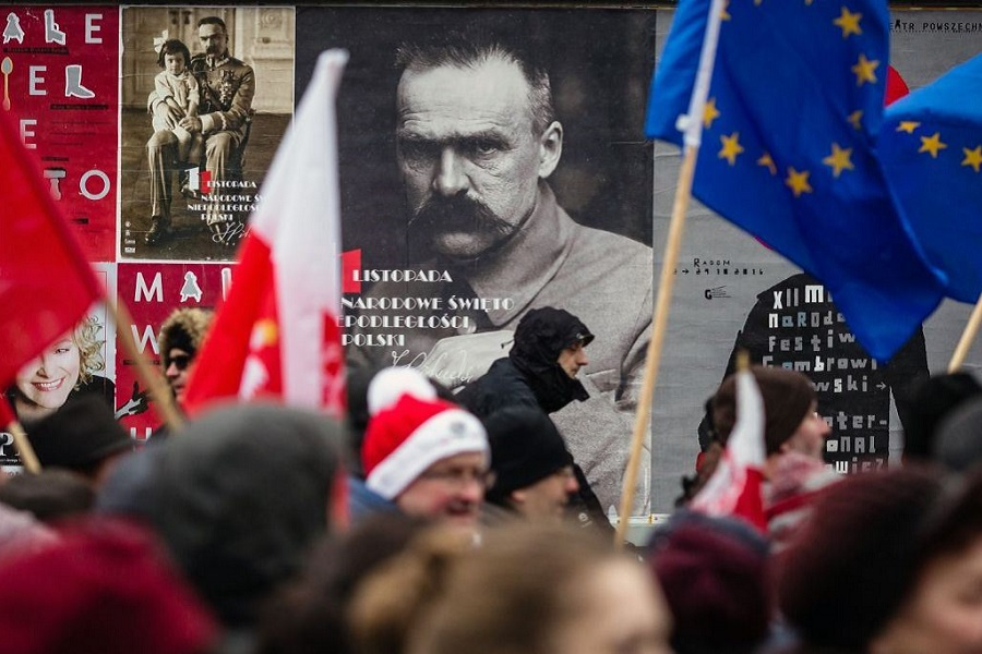 Разницы между режимами Гитлера и Пилсудского практически нет