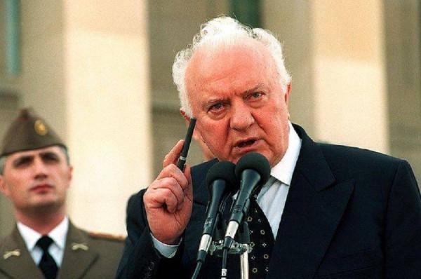 Душманы Афгана: во время войны с СССР Шеварнадзе нам помогал