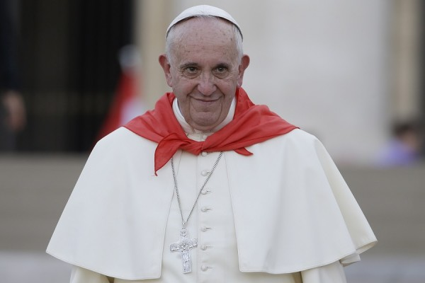 Папа Римский воздержался от признания самозванца Гуайдо