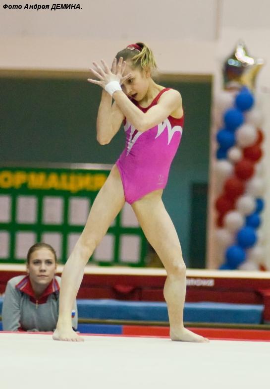 Китайские гимнастки фото ню фото 459-459