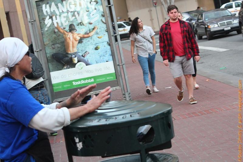 Игра на мусорке. Сан-Франциско