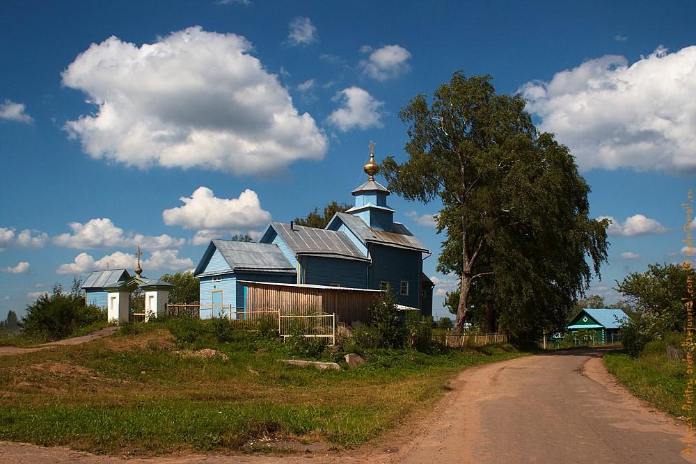 Храм в деревне Ильина Гора