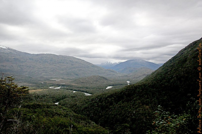 первый перевал — на дороге с Вилья-О'Хиггинс, до Cochrane, после 1-ой паромной переправы