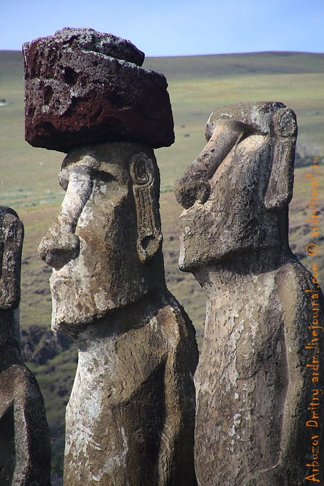 Какие это уши, это пейсы! И шапки у ортодоксов иудаизма схожи. Еще один вопрос в копилку о взаимопроникновении культур.
