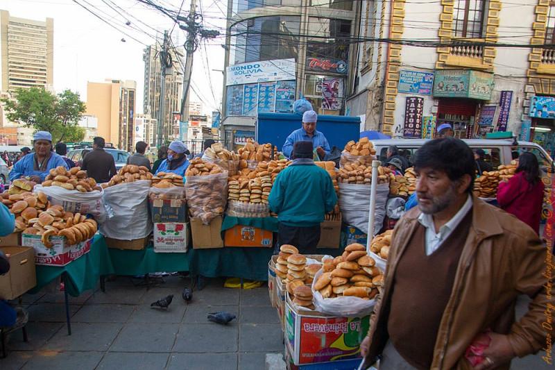 """Хлебный угол. В Боливии наглядно сохранилось явление """"Хлебное место!"""""""