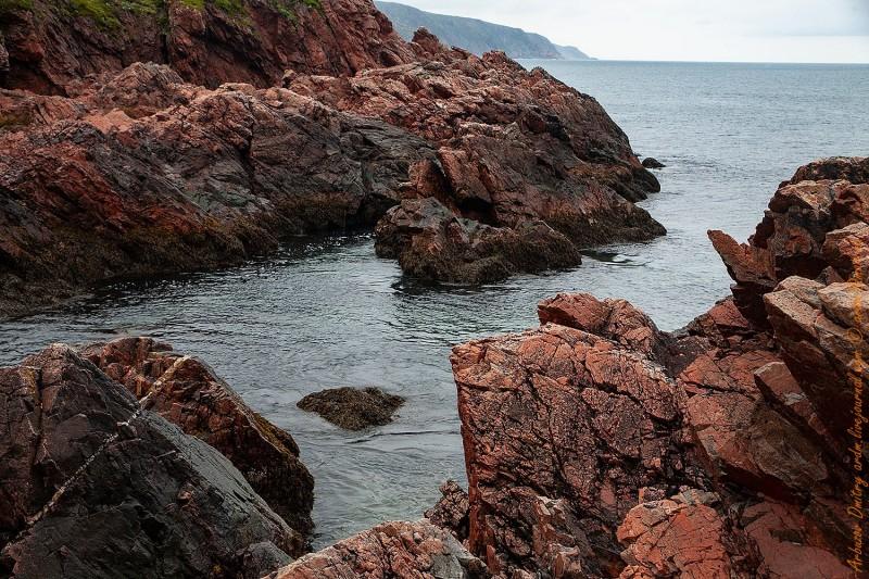 кварцитовые скалы