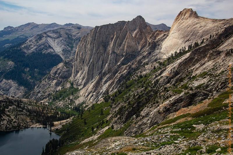 Озеро Гамильтон и High Sierra Trail