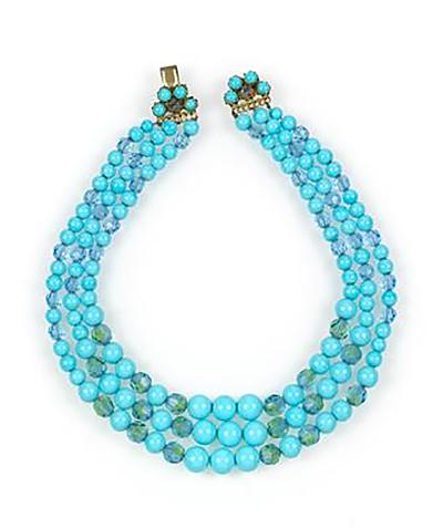 three-string necklace Dior  lot 411
