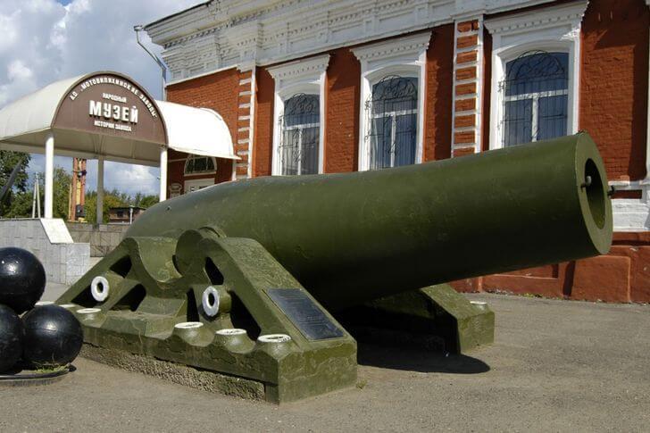 Пермская царь-пушка –  один из символов города (фото с сайта top10.travel)