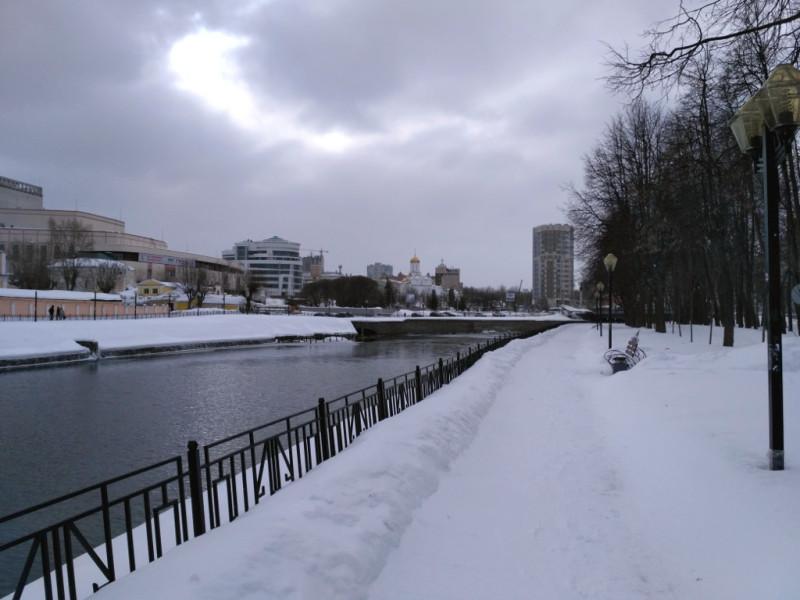 Вид на площадь Пушкина, Дворец искусств и Троицкий храм