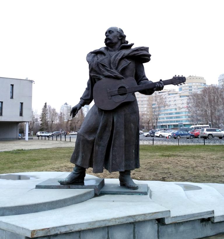 """Нет, """"Песняры"""" тоже великий коллектив, но неужели Кормильцев меньше сделал для русской музыки?"""