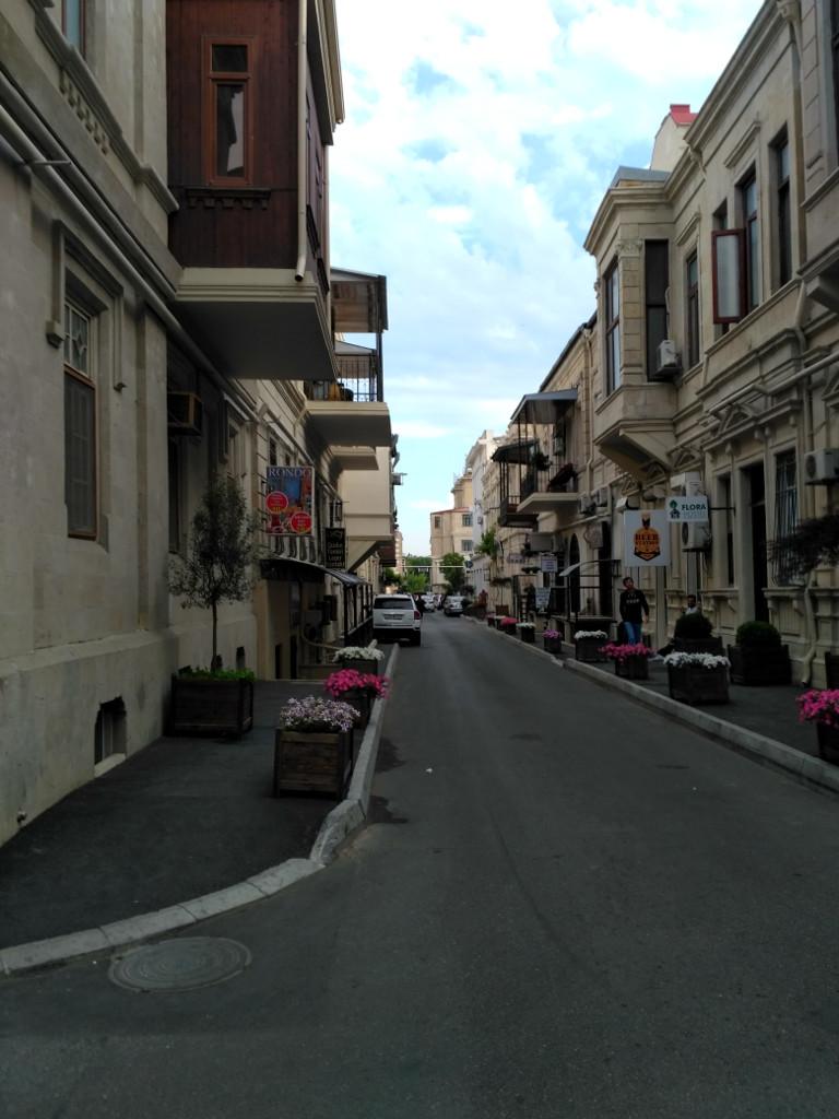 Жилой квартал чуть в стороне от центральных улиц