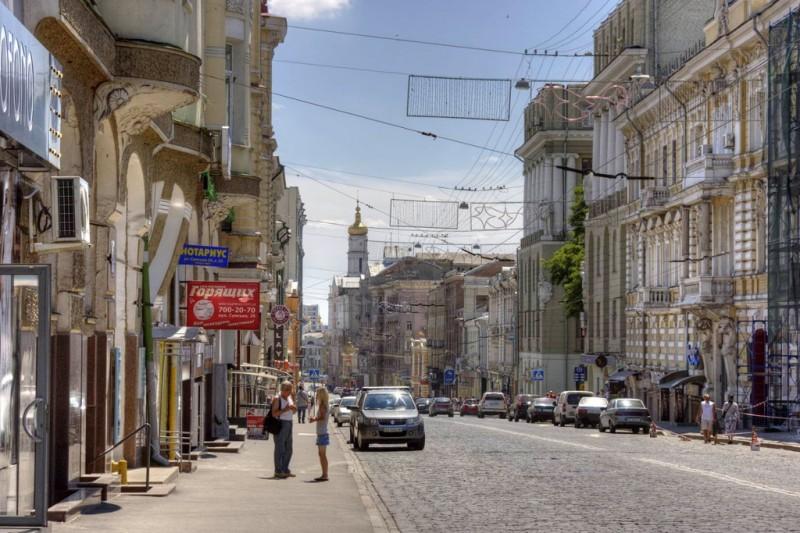 Вот она – самая пафосная и главная улица города. Фото с сайта sq.com.ua