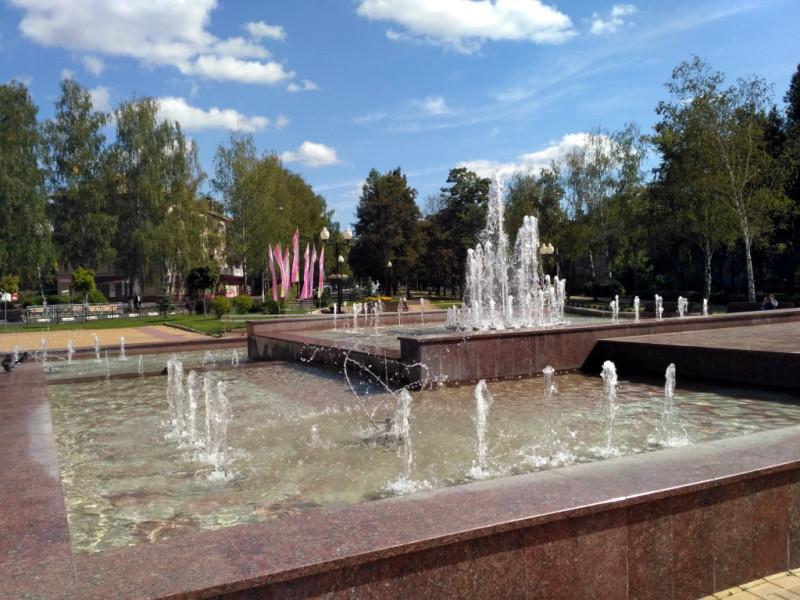 Симпатичный фонтан на улице Победы