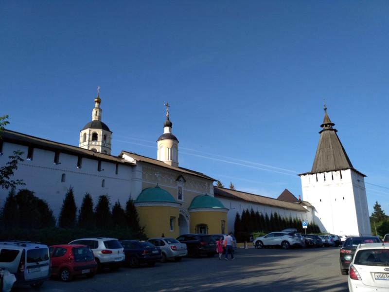 Главные ворота и Георгиевская башня