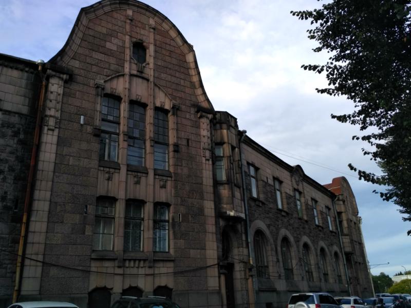 """Замечательный образчик сурового северного модерна, здание лесопромышленной компании """"Хакман и Ко"""" (1908 г.)"""
